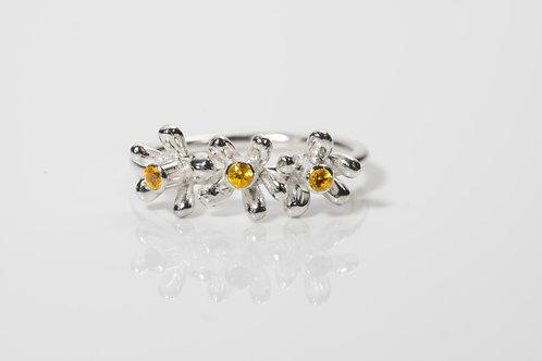 3 daisy ring