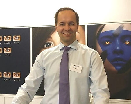 Herr Holling von InnoVision Deutschland GmbH.