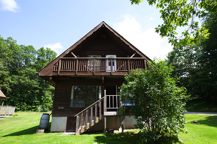 Sand Lake Campground & Cottages - Cottages