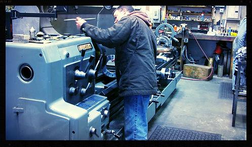 West Coast Machine Shop | Oregon Machine Shop | Machine Shop | Commercial Vessel Shafting | Shafting Machine