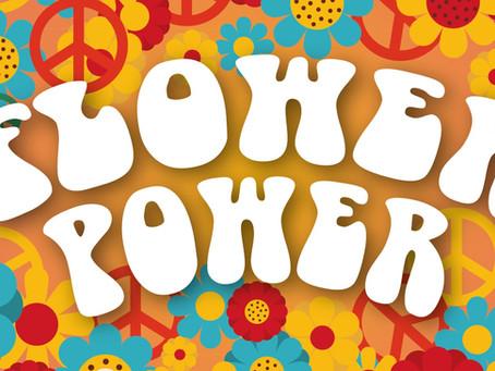 """FIESTA TEMÁTICA: """"FLOWER POWER"""" - ANIMACIÓN Y ENTRETENIMIENTO HOTELERO"""