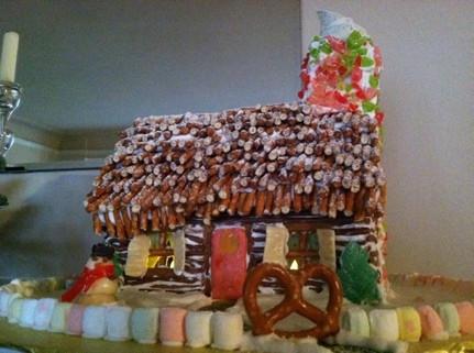 gingerbread_house2012.jpg