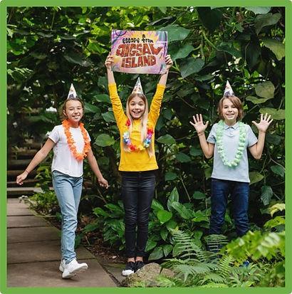 kids escape room victory pose