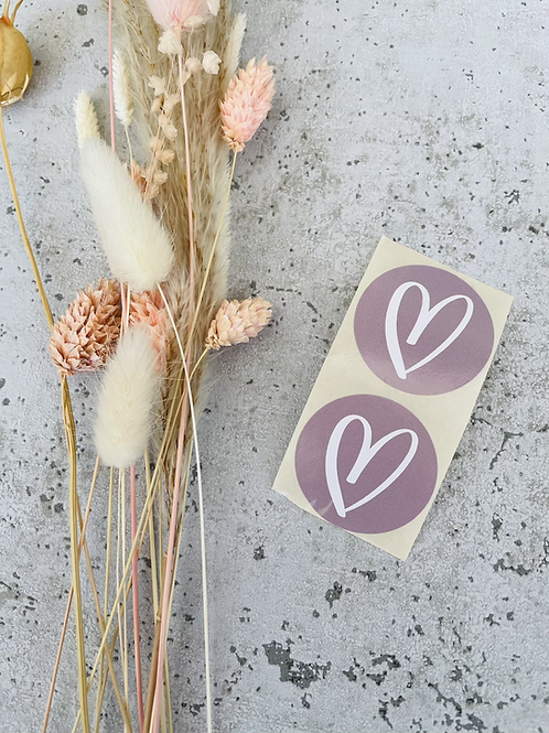 Sticker mit Herz in Weiß