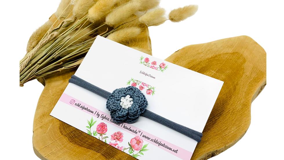 Haarband mit 3 D Häkel-Blüte grau