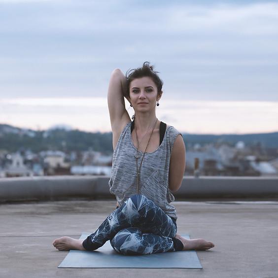 Yin Yoga @ Story