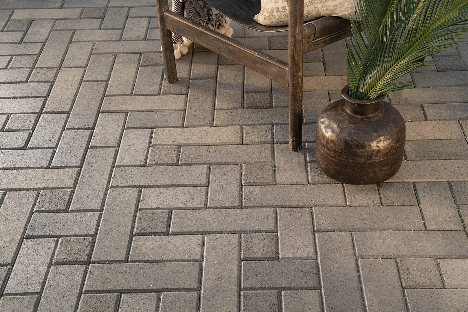 Paver-Casita-Manor-03-Web.jpg
