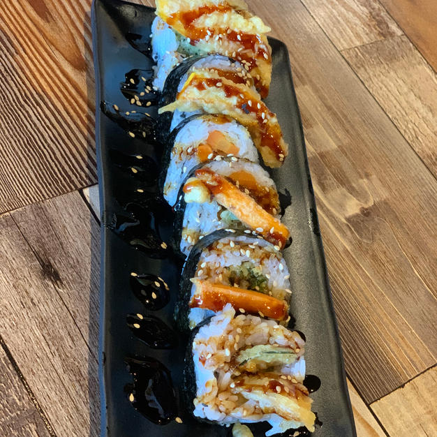 VEGETABLE TEMPURA ROLL $12.85