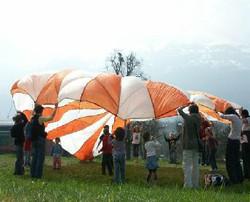 Noch ein Fallschirm!