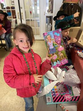 Alpha Spine Center Sponser a Cowboy Kid Gift