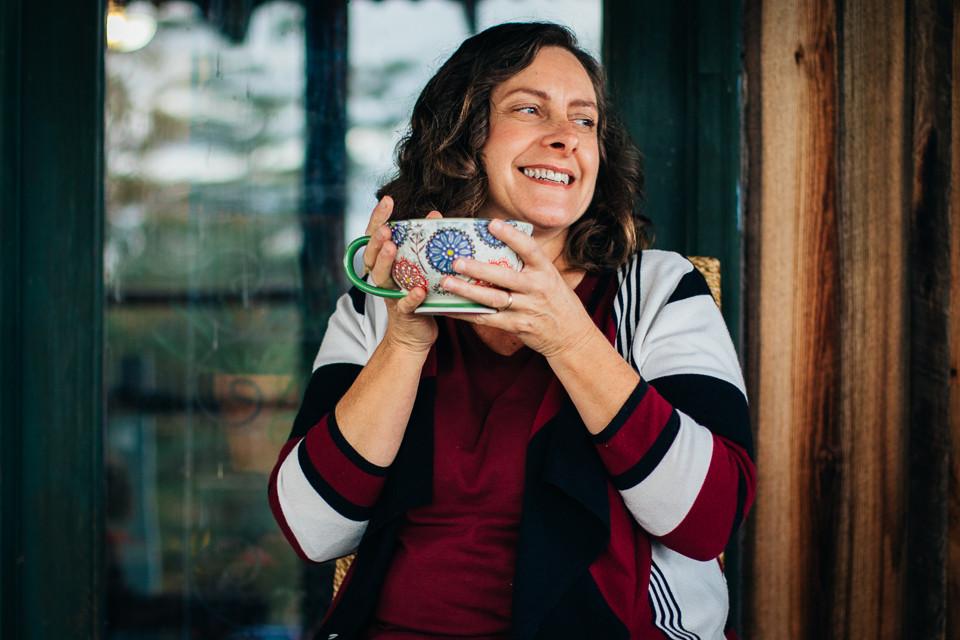 Leenie Hobbie Herbal Educator photographed by Anne Kirk