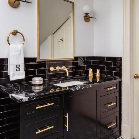 TK Design Trafalger Residence Bathroom