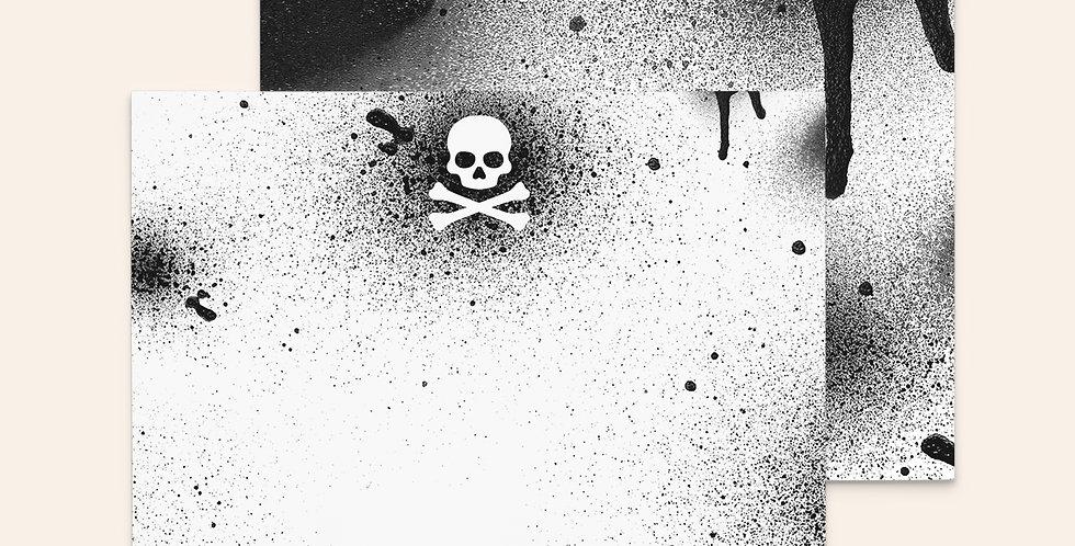 Spray Paint Skull • Black