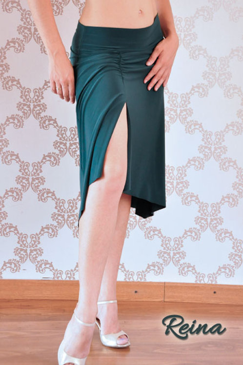 Ruched skirt with slit