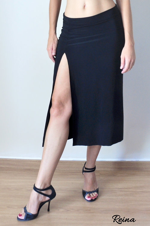 Long skirt with front slit