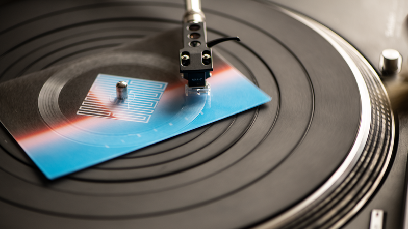 Vinylpostcard on a Technics 1210 - 2