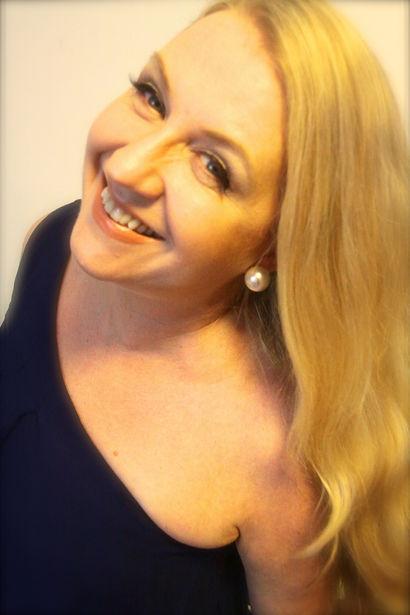 Professiona Sydney singer Paula Terry