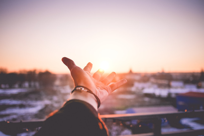6 Ways To Lead A Powerfully More Positive Life