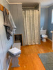 Cottages - Bathroom.jpg