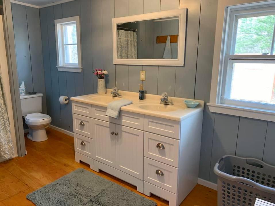 Cottages - Bathroom Sink.jpg