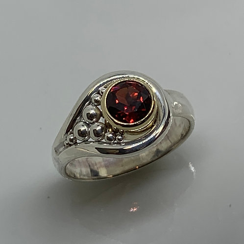 14k Yellow Gold and Sterling Silver Garnet Hook and Eye Ring