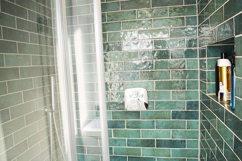 Ensuite-shower-details4.jpg