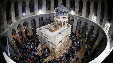Saint_tomb.jpg