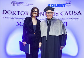 Nadanie godności doktora honoris causa