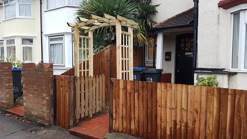 fence in london.jpg