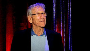 A Eulogy for Amos Oz, Embracer of the Enemy