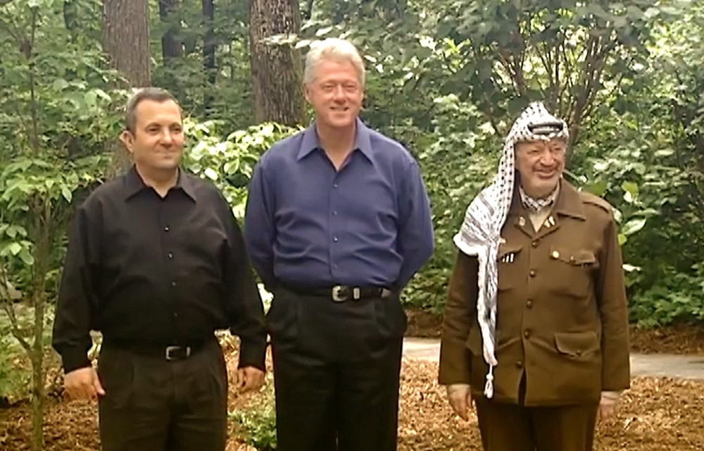 US President Clinton with Prime Minister Barak and Chairman Arafat at Camp David [Public Domain] Courtesy William J. Clinton Presidential Library