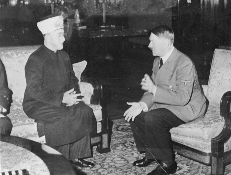 Amin al Husseini and Adolf Hitler by Bundesarchiv, Bild 146-1987-004-09A / Heinrich Hoffmann [CC BY-SA 3.0], via Wikimedia Commons