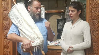 """""""Converted to Islam on Temple Mount - Now She's Returned to Judaism"""""""