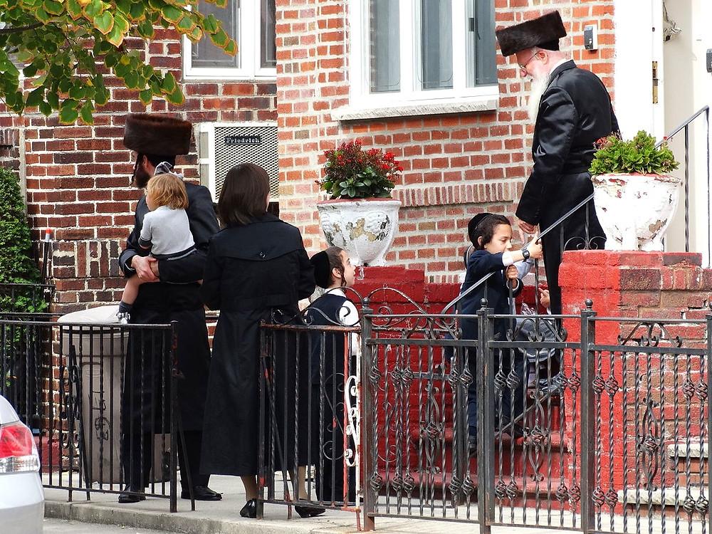 Hasidic Family Scene - Borough Park by Adam Jones via Flickr [CC BY-SA 2.0]