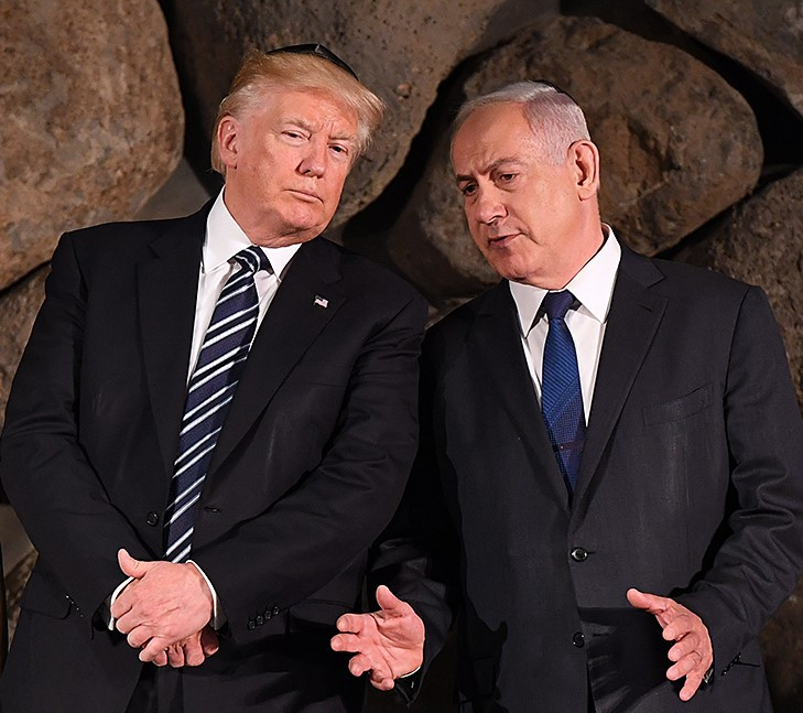 Donald Trump and Binyamin Netanyahu at Yad Vashem (Image credit: U.S. Embassy Tel Aviv (DSC_3884FF) [Public domain], via Wikimedia Commons)