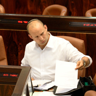 """Jewish Home """"No Longer a Religious Party"""" - Bennett Doubles Down on Support for Gay Adviser"""