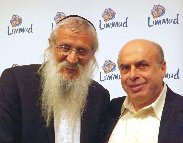 Rabbi Mendelevich with Anatoly Sharansky (Courtesy Rabbi Mendelevich)