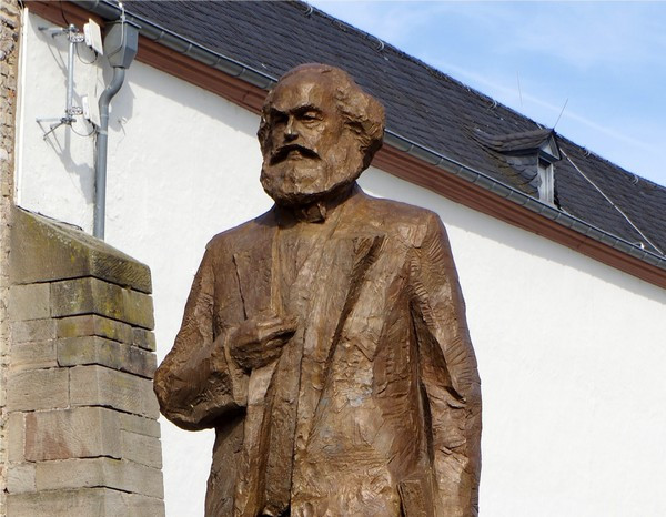 Karl Marx statue in Trier, Germany, commemorating his 200th birthday (Image credit: Berthold Werner [CC BY-SA 3.0 (https://creativecommons.org/licenses/by-sa/3.0)], from Wikimedia Commons)