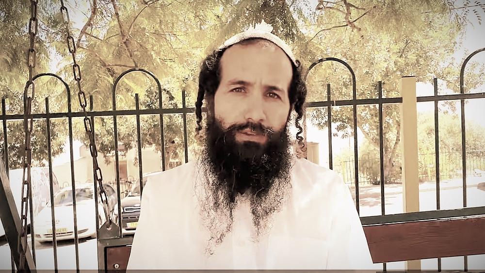 Illustration: Avraham Rahamim of Yitzhar, Screenshot (Boomerang's YouTube Weekly J&S Report 02:18)