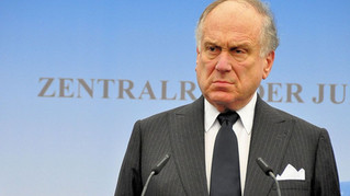 INTO THE FRAY: Lauder's Lame Lament