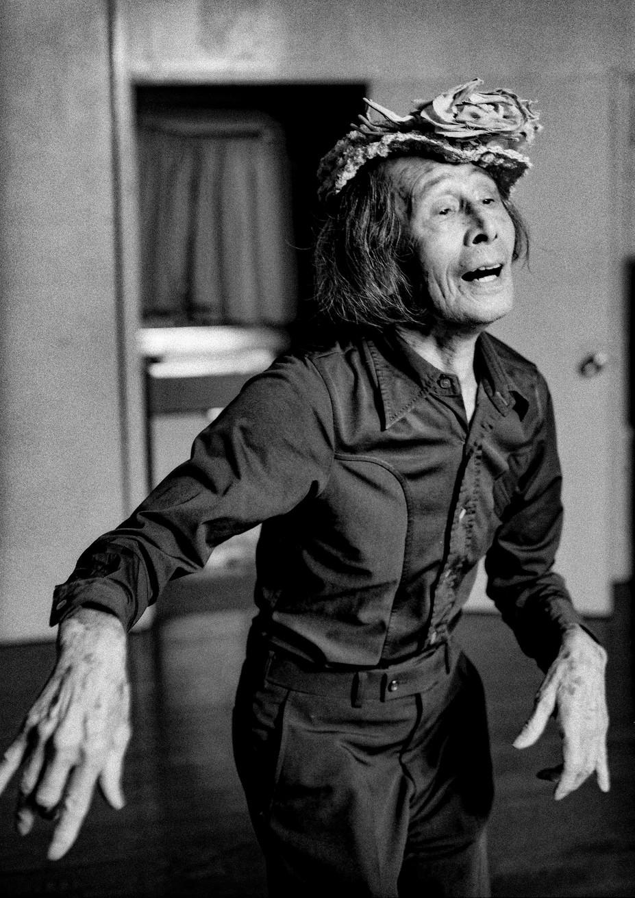 48.kazuo oono:butou dancer 2.jpg
