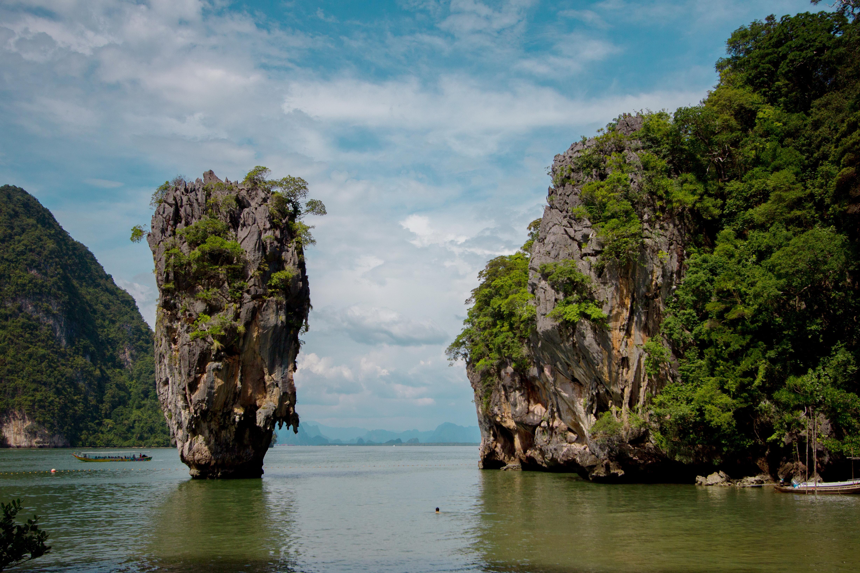 Sea Cave Canoe James Bond Island Kohyaoyaitour Thailand