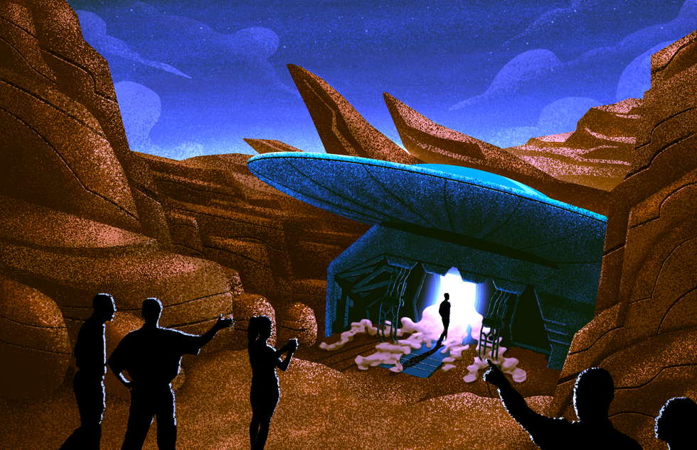 Spaceship Reveal - Daytime
