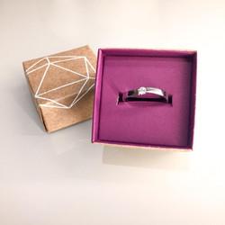 Anel de noivado produzido sob encomenda