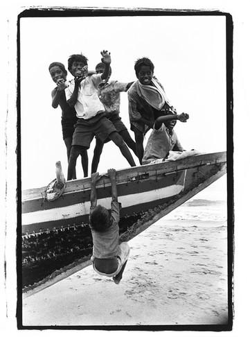 2-India Kids Boat bw.jpg