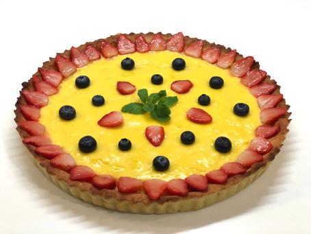 Berry custard tart