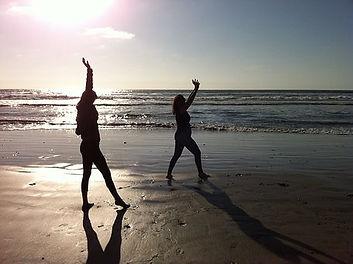 yogawomen-1962069__340.jpg