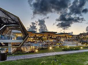 Riviera_Cancun_Gazebo.jpg