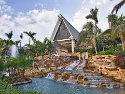 Marco Island Marriott Beach Resort: One of the best resorts on the island!