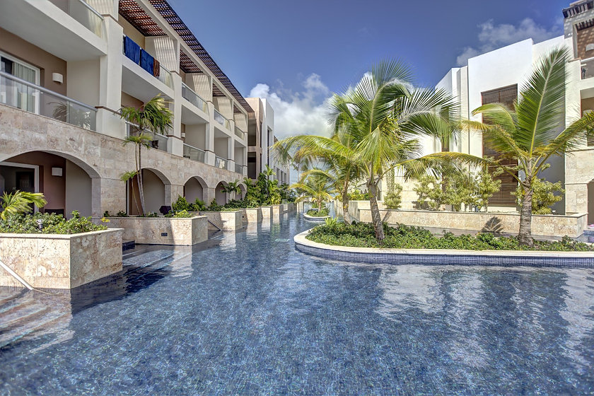 royalton-punta-cana-resort-5.jpg